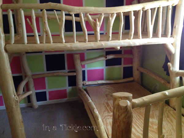 Side view bunk beds
