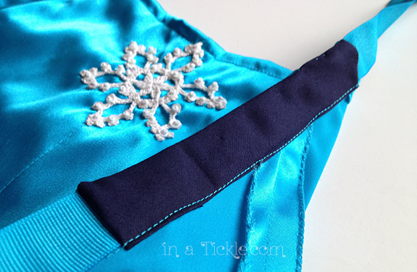 Arm Casing Elsa Apron